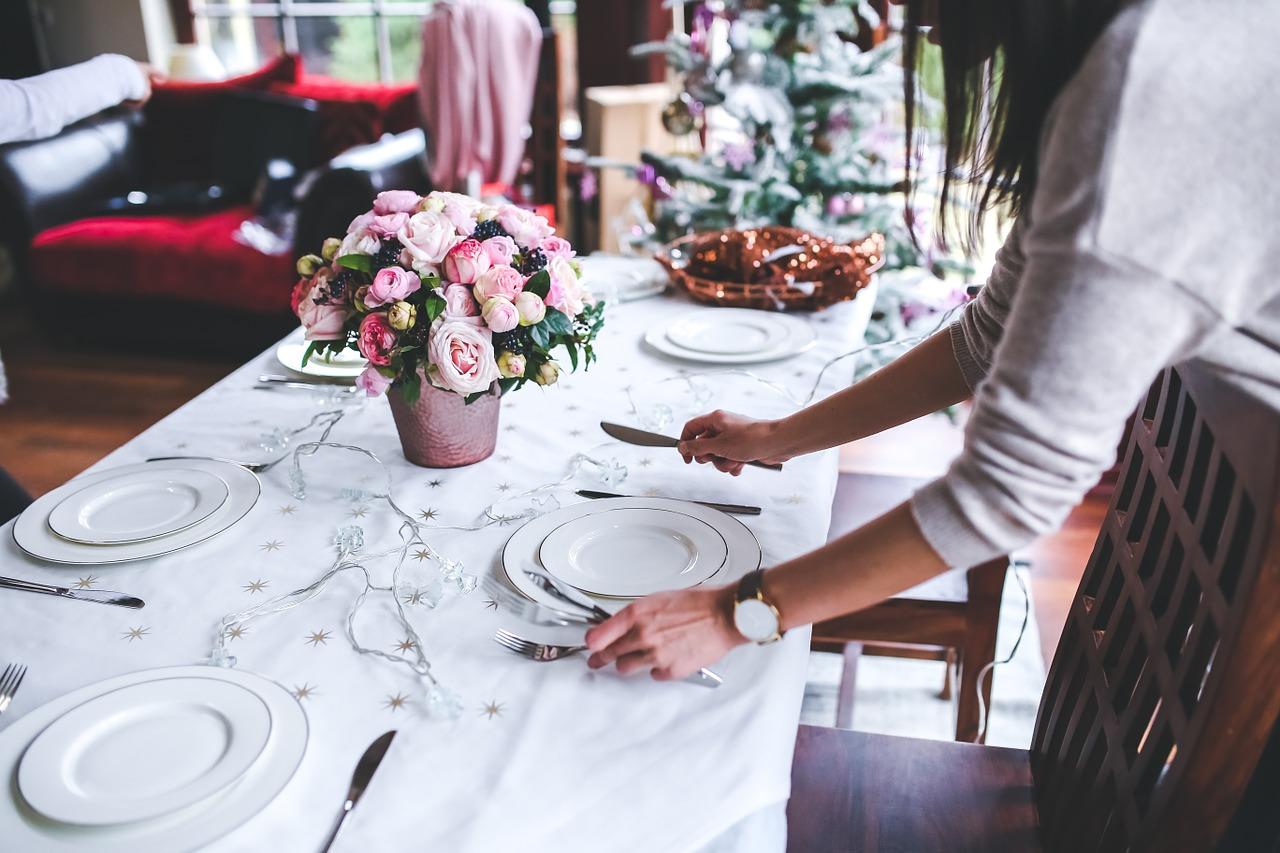 Goście w domu – jak uniknąć wpadek?
