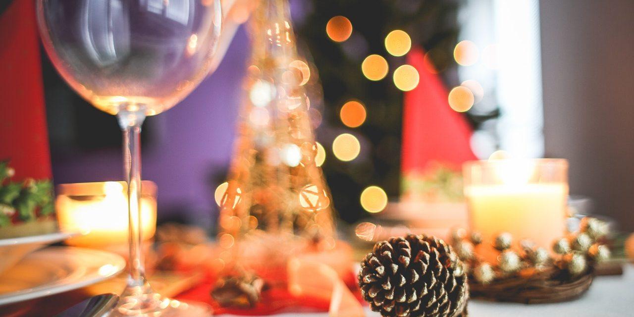 Święta z nielubianą rodziną – poradnik przetrwania