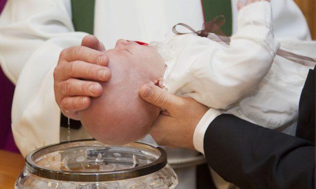 Czy wypada odmówić bycia ojcem chrzestnym/matką chrzestną?