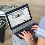 Facebookowy savoir-vivre – zapraszanie do znajomych