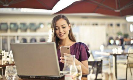 Jak i kiedy pisać oficjalny sms?